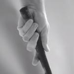 Snekerin vasen käsi